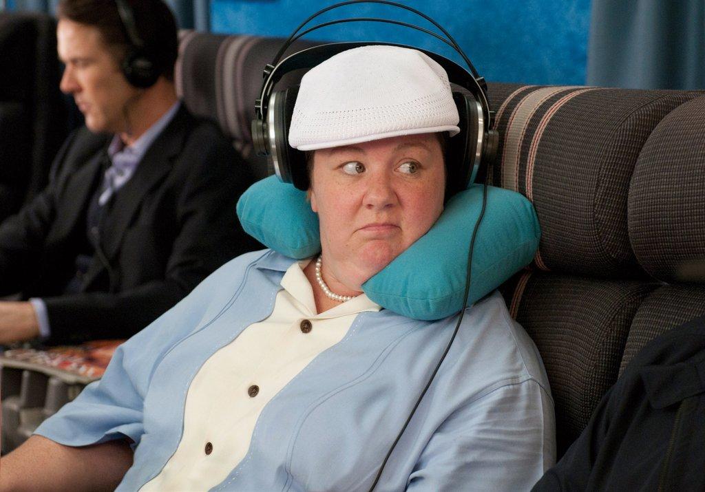 plane-headphones